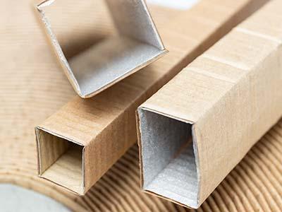 Schlauchverpackungen mit Papierkaschierung und Schaumkaschierung